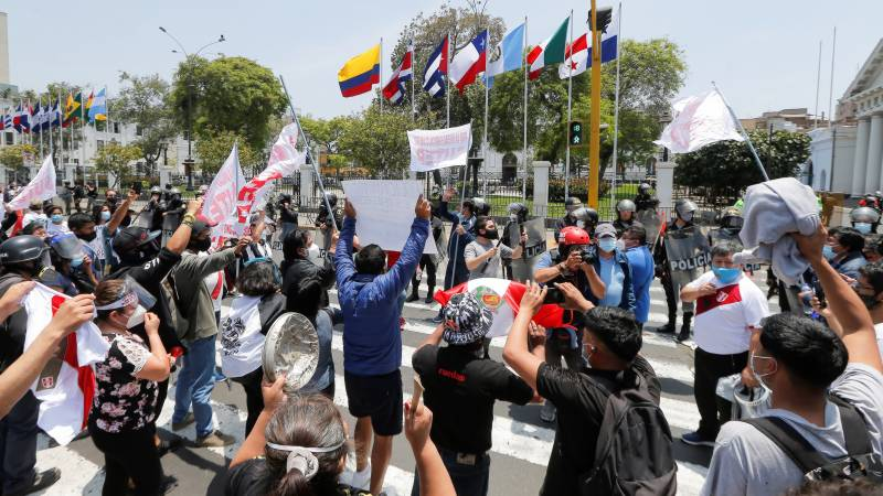 Peru left without president as Merino resigns after protest deaths