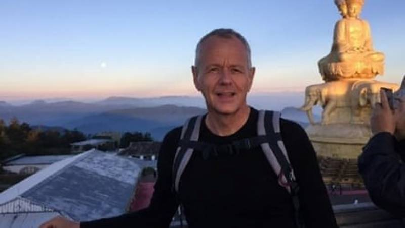 British diplomat in China earns hero status after rescuing drowning student