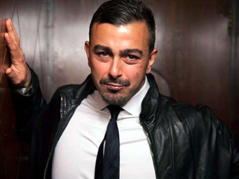 Shaan Shahid shares an old BTS picture from sets of Khamaj music video