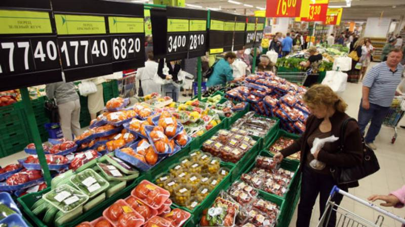 Russia extends Western food imports embargo to end 2021