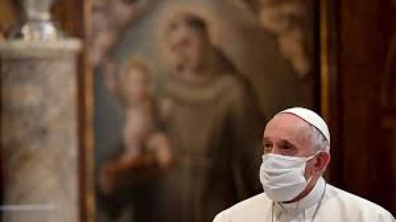 Pope derides anti-mask protesters