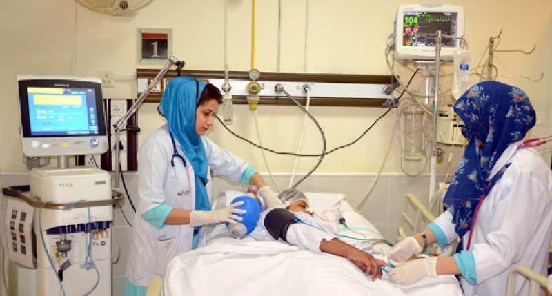 Hospitals full as second wave of virus grips Pakistan