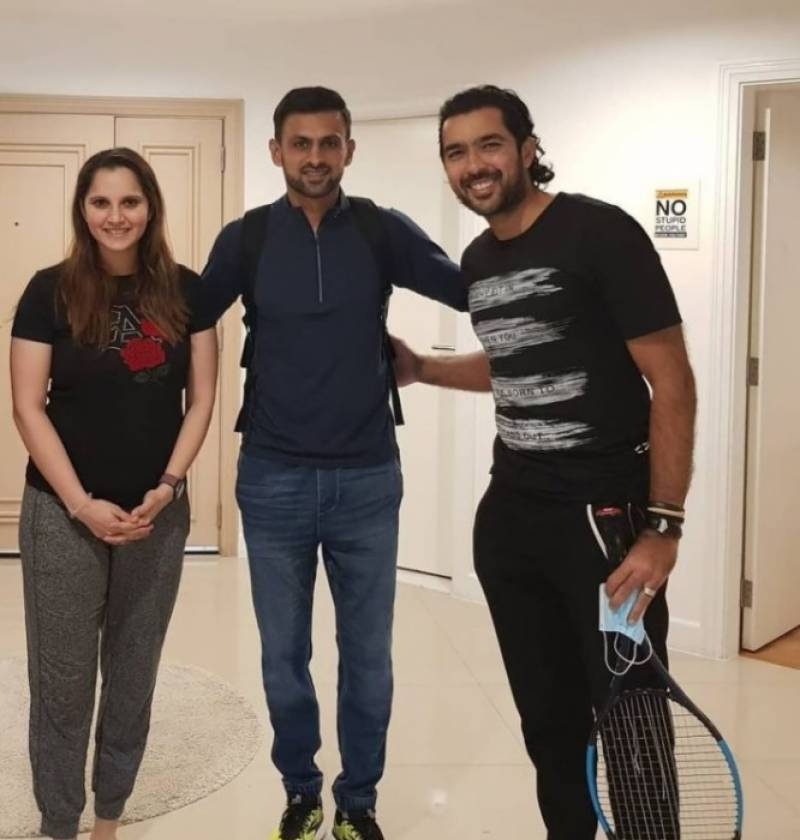 Sania Mirza donates her racquet to Aisamul Haq Charity Foundation