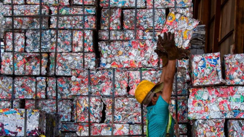 China to end all waste imports on Jan 1