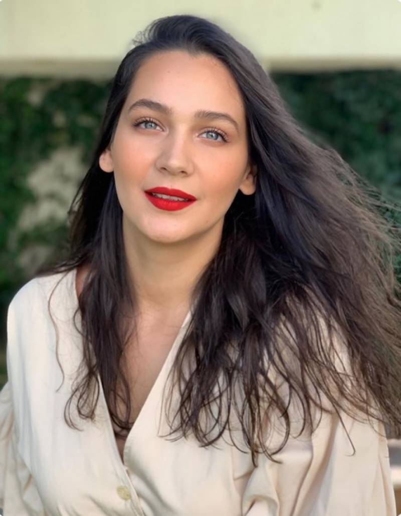 Ertugrul actress Gulsim Ali has a message for her fans
