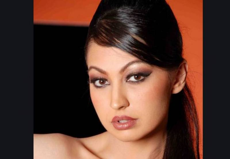 Actress Rubya Chaudhary opens up about her divorce