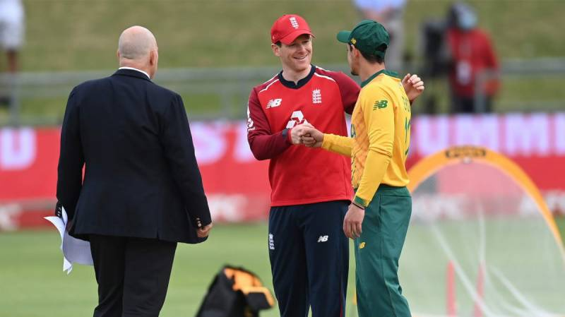 South Africa bat first in final T20 against England