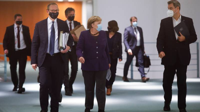 Germany, struggling with second wave, mulls tougher rules