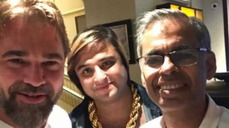 Ertugrul actor Engin Altan visits Lahore-based business family