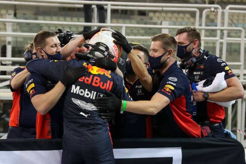 Verstappen claims first pole of season at Abu Dhabi Grand Prix