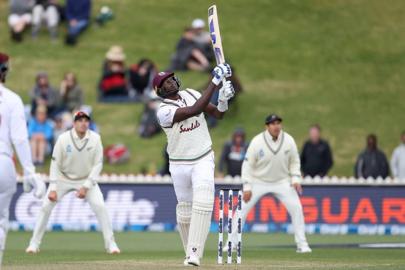 Holder's rearguard action keeps West Indies alive in second Test