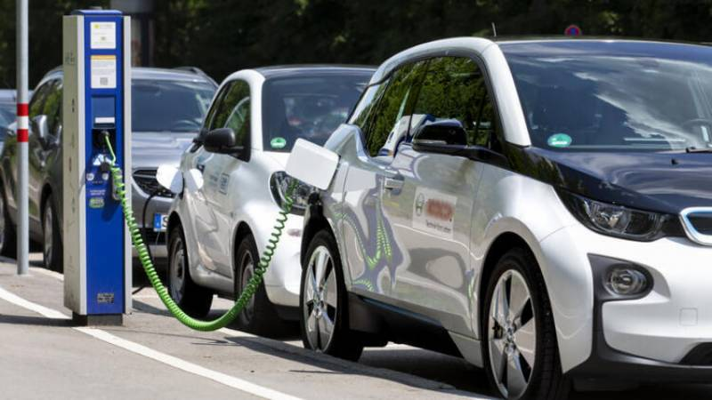 ECC approves Pakistan's first electric vehicles policy