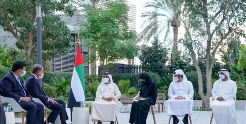 FM Qureshi stresses need for enhancing ties in meeting with UAE PM