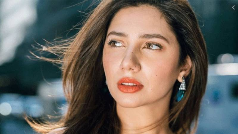 Mahira Khan best actress as winners for the 19th LUX Style Awards announced