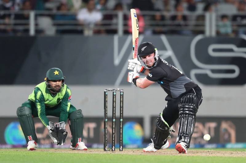 New Zealand defeat Pakistan by five wickets in first T20I
