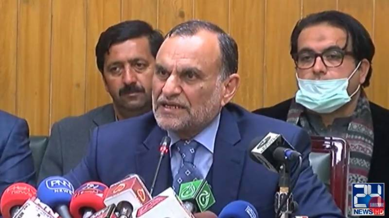 Azam Swati discards Sh Rasheed's policy to run Pakistan Railways