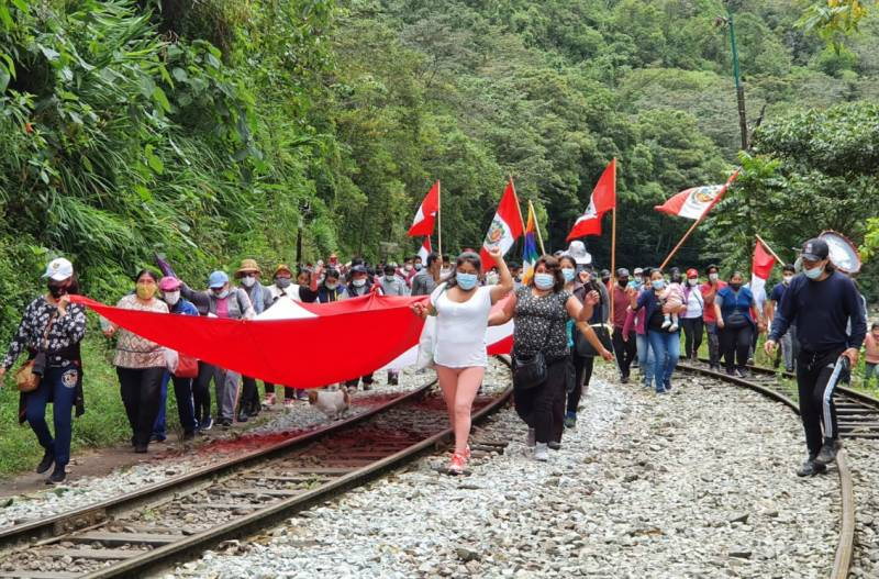 Machu Picchu to reopen after train protests