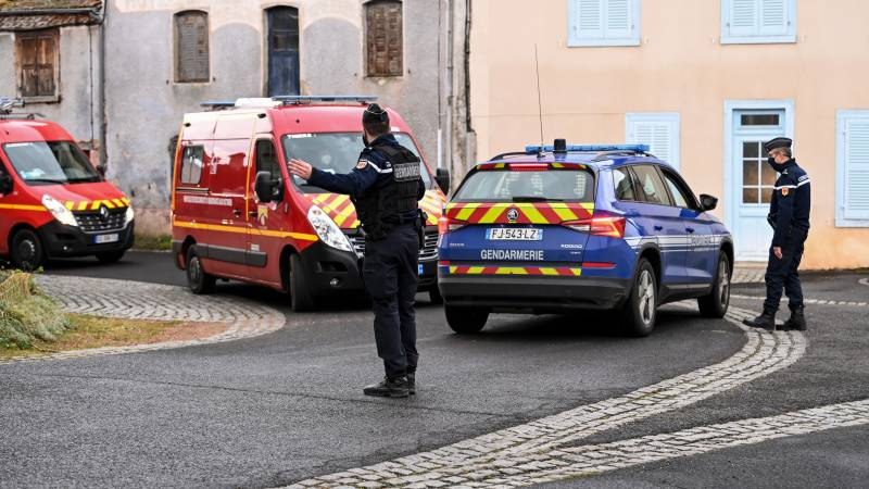 Three police shot dead, fourth wounded in central France