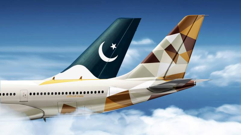 Passengers protest PIA, Etihad Airways' apathy