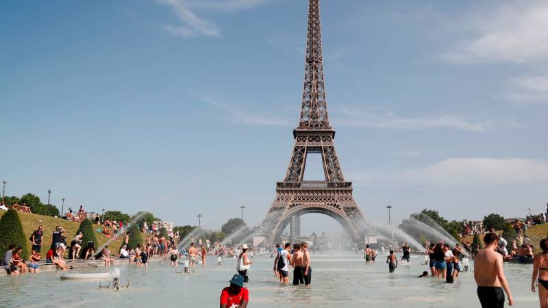 2020 was France's hottest year on record: forecaster