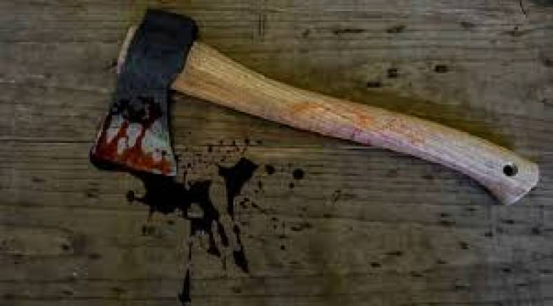 Man axes mother to death in Benazirabad