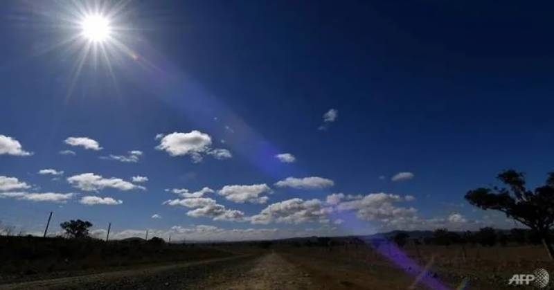 Two rescued in Australian outback after half-day trek for help