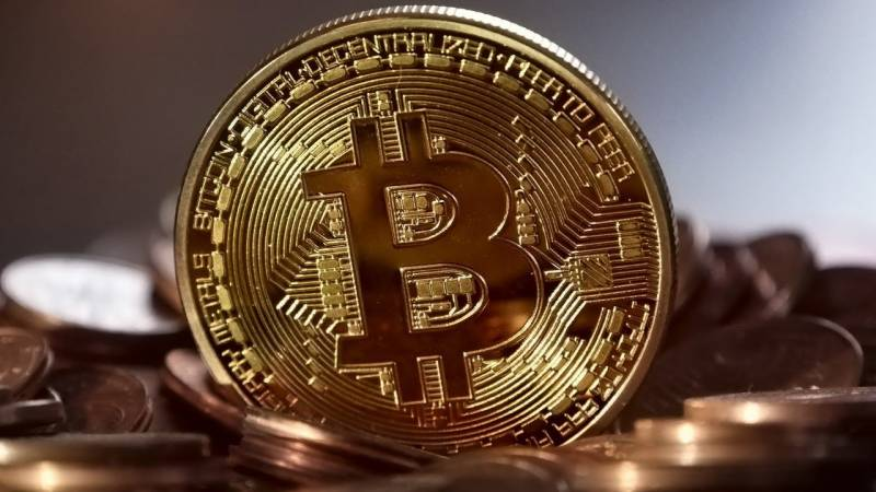 Bitcoin soars past $40,000 for the first time