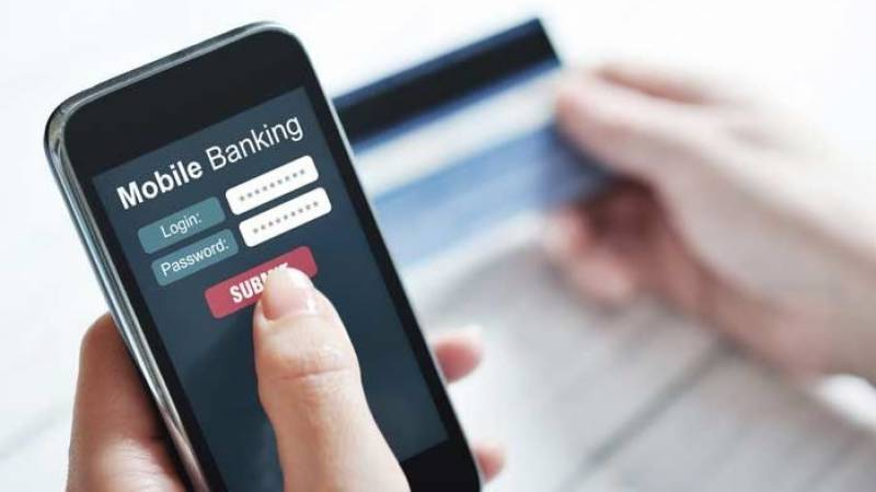 Online banking fraud: Police officer's wife loses Rs1 million