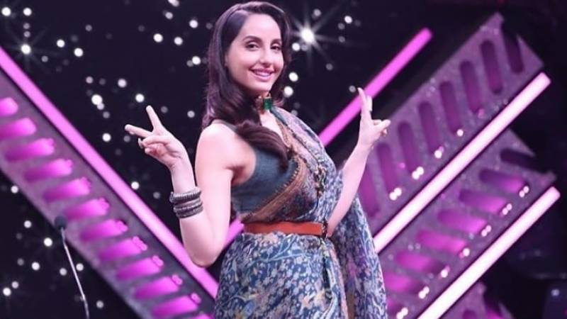 Nora Fatehi's bold dance moves in saree go viral
