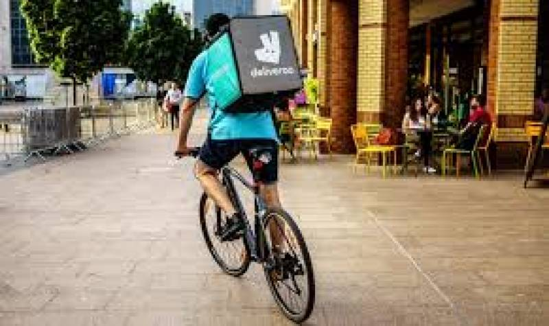 French restaurants say Deliveroo couriers refused Jewish meals