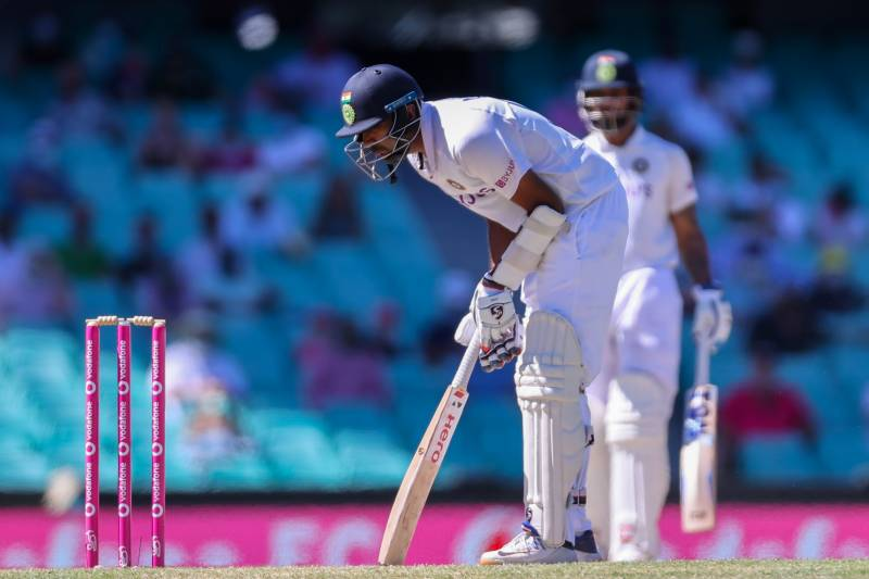 India stand firm for fighting draw in third Australia Test