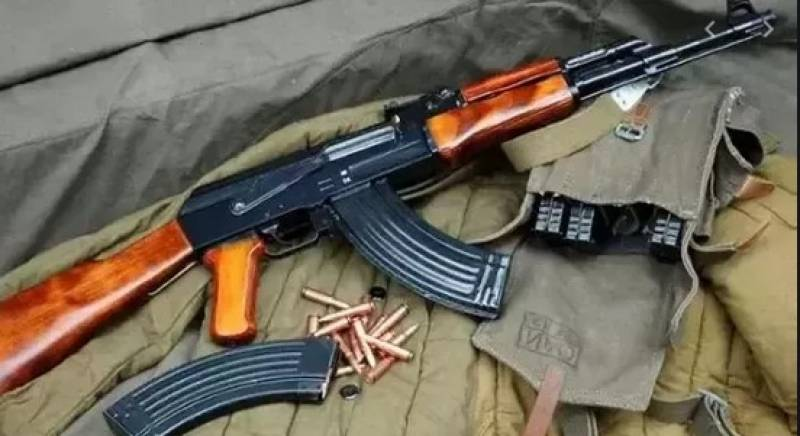 Cache of arms seized from Lahore session court