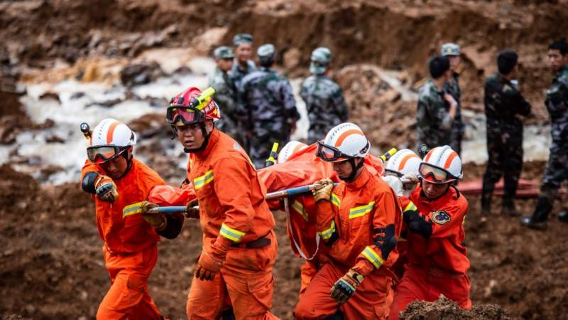Indonesia landslide toll rises to 21 as rescuers search for missing