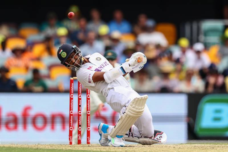 Australia-India final Test hangs in the balance