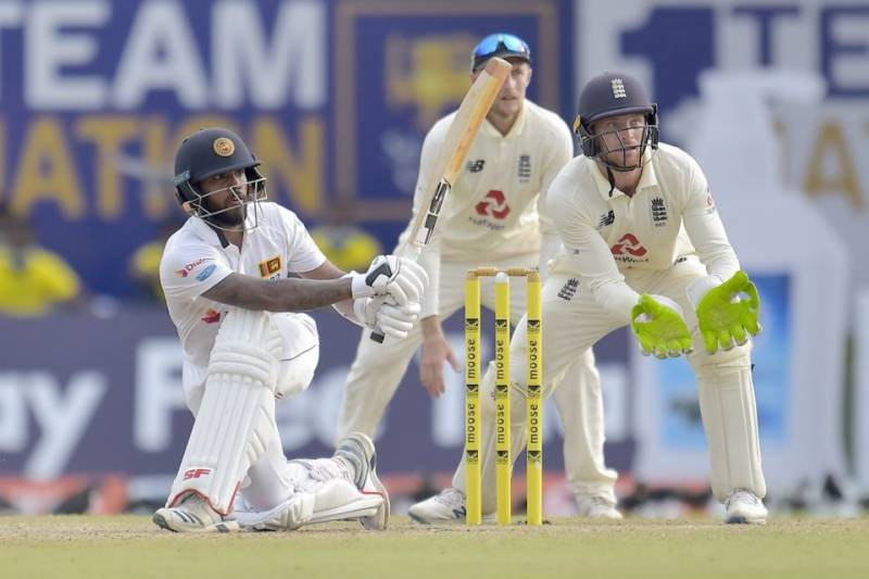 Nervous England lose quick wickets in chase to win Sri Lanka Test