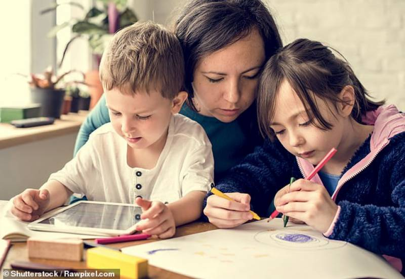 UK's poorest struggle with homeschooling