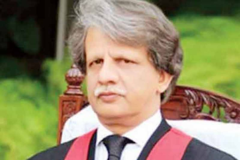 PML-N, PPP reject Justice Azmat-led Inquiry Committee on Broadsheet