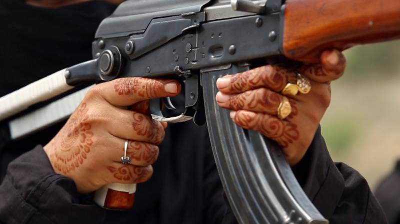 Husband of three shot dead by first wife