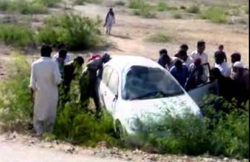 Three of a family die in Jamshoro car plunge