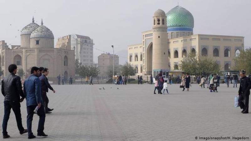 Tajik mosques reopen as government claims coronavirus win