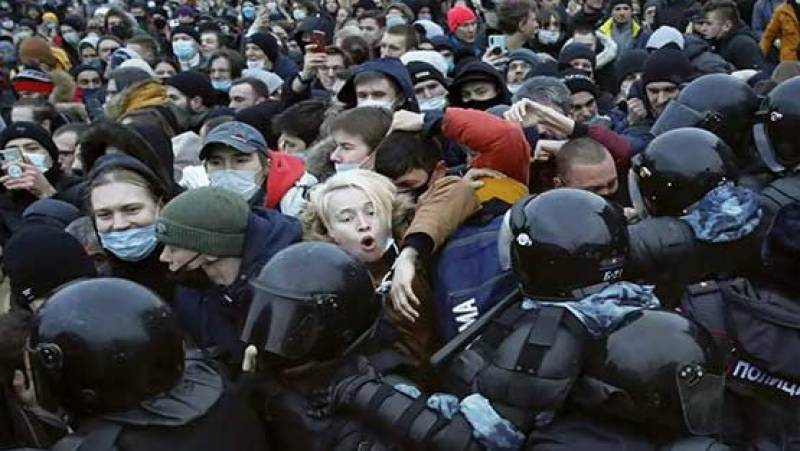 Over 10,000 detained at recent Navalny rallies in Russia: monitor