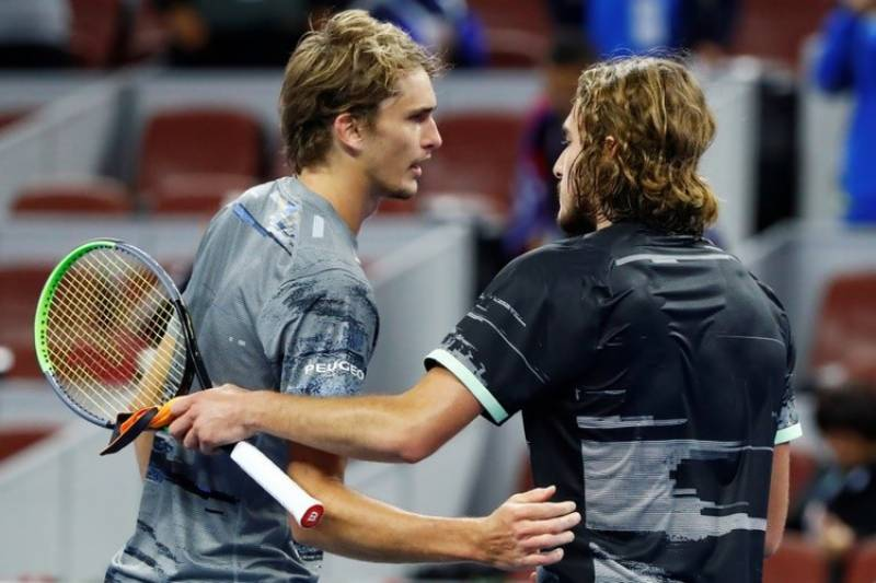 Zverev, Tsitsipas battle to ATP Cup wins as Italy, Russia reach semis