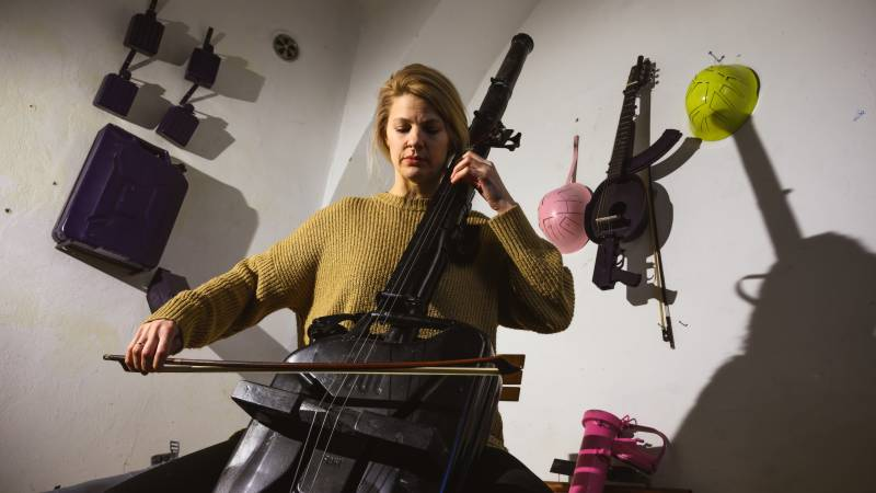 Changing the tune: Serbian artist turns weapons into instruments