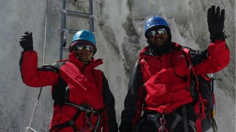 Nepal bans three Indian climbers for faking Everest summit