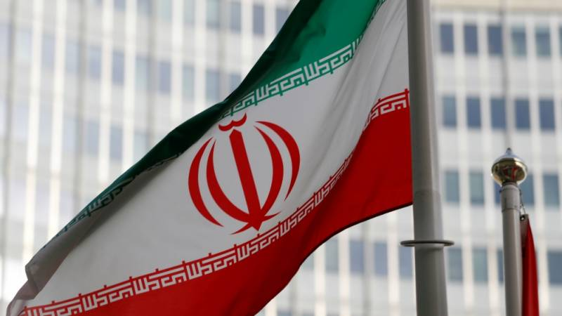Russia, France urge Iran 'restraint' after new nuclear breach
