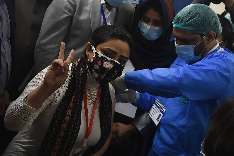 Pakistan records 33 more deaths by coronavirus, 1,270 cases