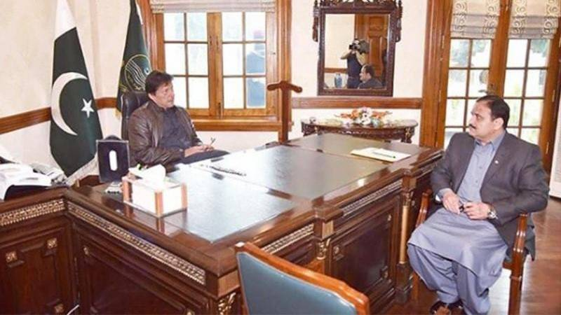 PM tells Buzdar to woo disgruntled PTI lawmakers back into party