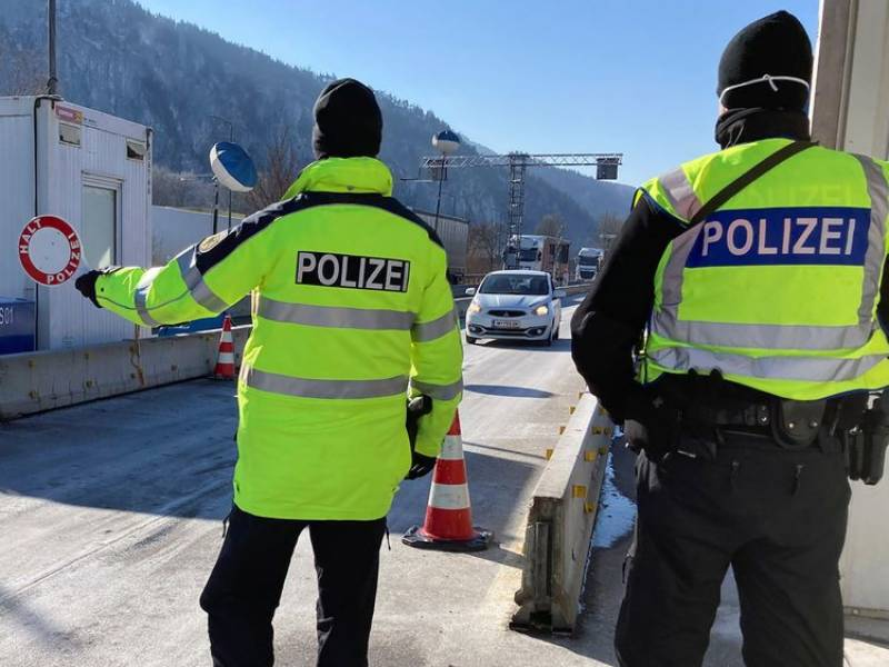 Germany tightens borders to keep Covid variants at bay