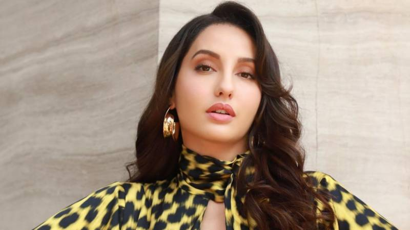 Nora Fatehi teaches dance steps to Indian singers, video goes viral