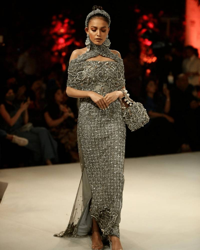 Fashion week brings colours back to City of Lights